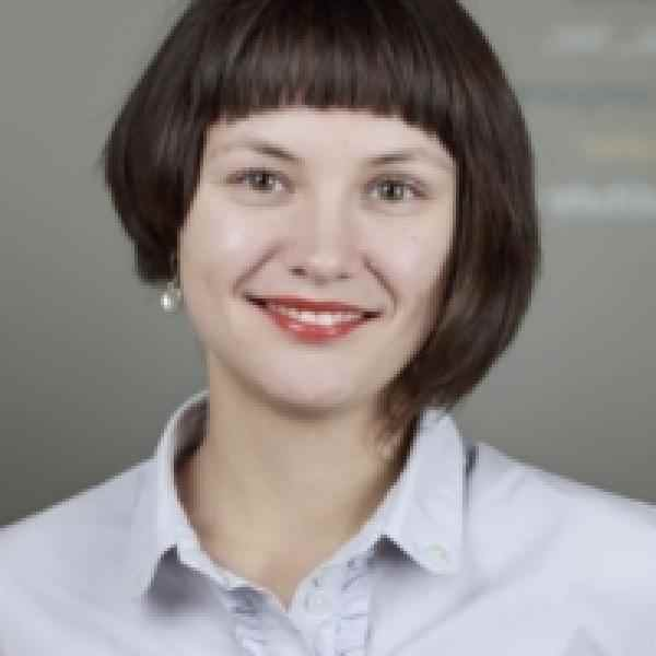 Photo of Corina Murafa, country director for Ashoka Romania