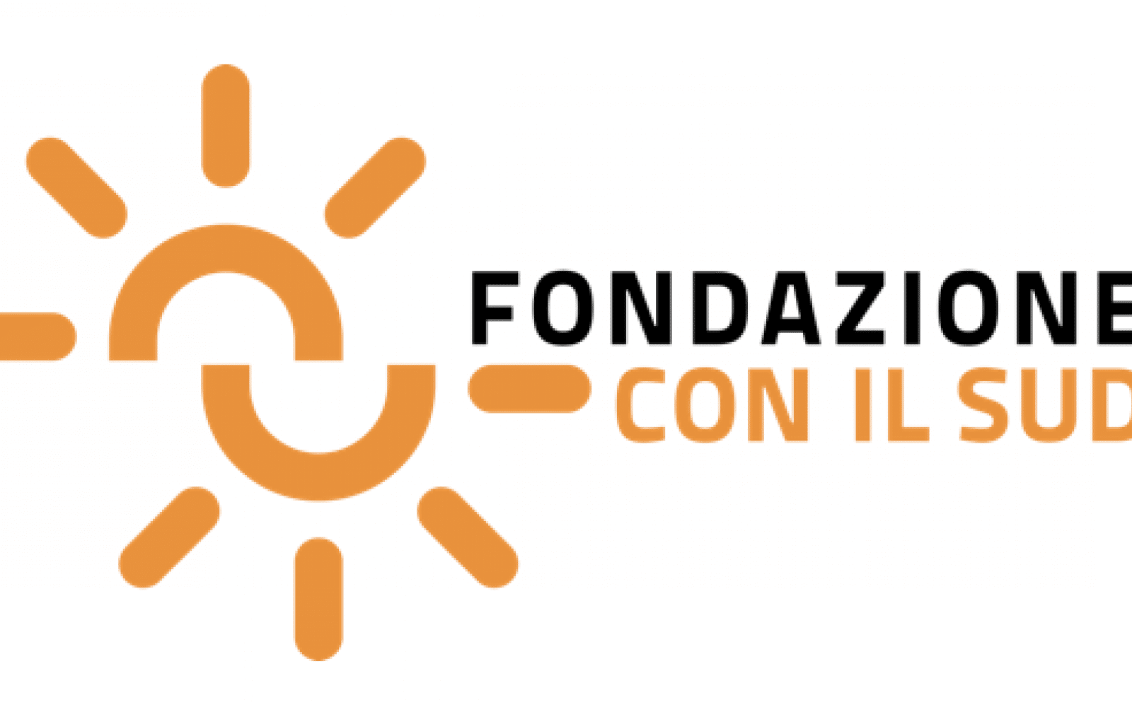 Logo of a sun split in half, with the two half circles of the sun not meeting together. Next to it the word Fondazione in Black, and Con il Sud in orange