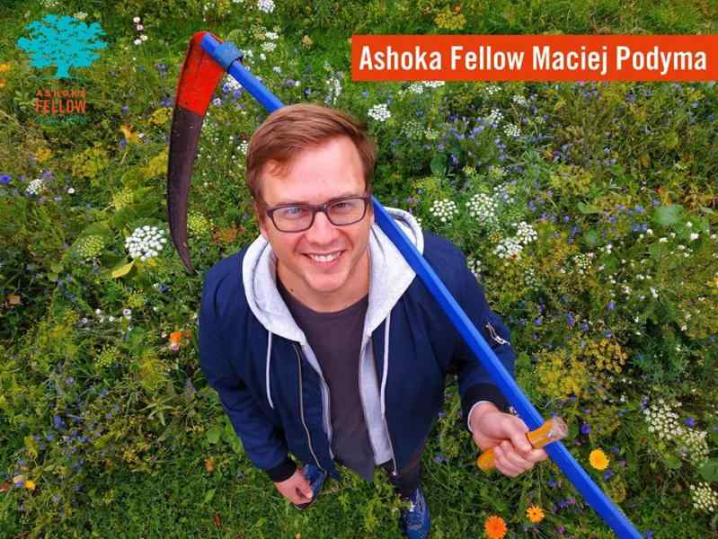 banner with Ashoka Fellow Maciej Podyma