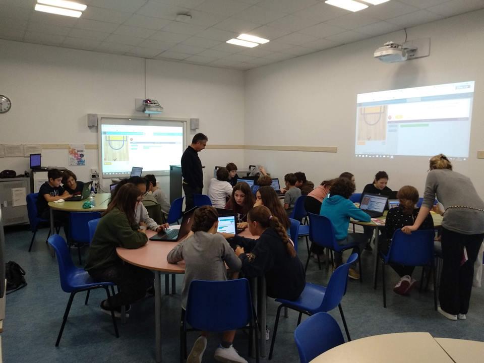 girls_coding sanvitale fra salimbene.jpg
